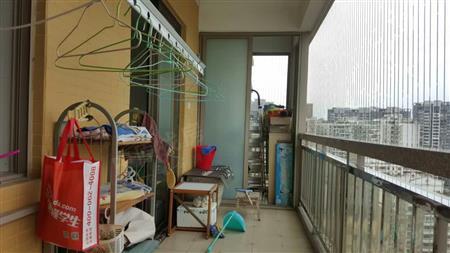 南北通透 前后双阳台 精装修 拎包入住 实验学校 业主急售