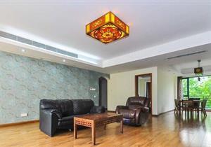 天鹅堡三期 中间位置低楼层 安静 住家舒适 看房约