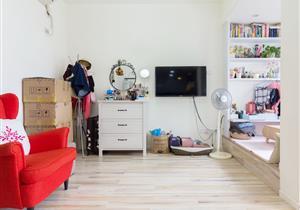 青莲公寓,豪华装修一房一厅,地铁口物业,带学位!