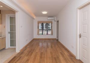 不要名额不限制贷款 精装修3室2厅 便宜到没朋友