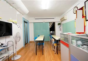 精装修 看房方便 业主诚心卖 学位未用 居家舒适