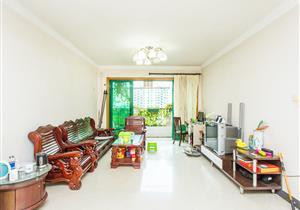 厅出大阳台,看花园安静,满5年无税,住家精装修