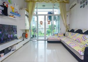 前海自贸区 阳光棕榈园一期 顶楼复式 安静住家舒适 豪气
