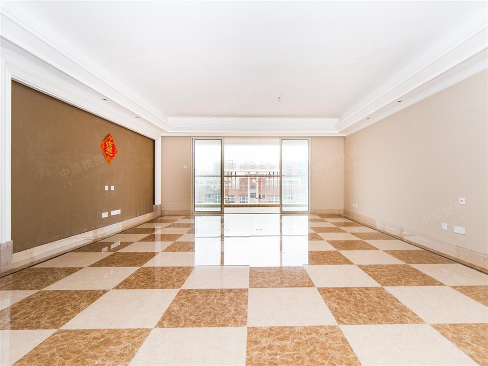 深中名校 万科精装六房 俯视龙岗 环绕阳台 好房