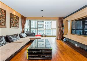 高楼层复式奢华大四房 豪装拎包入住 实用260平