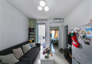 44平方的小两房 精装修 带翠园学位 看房方便 雍翠华府