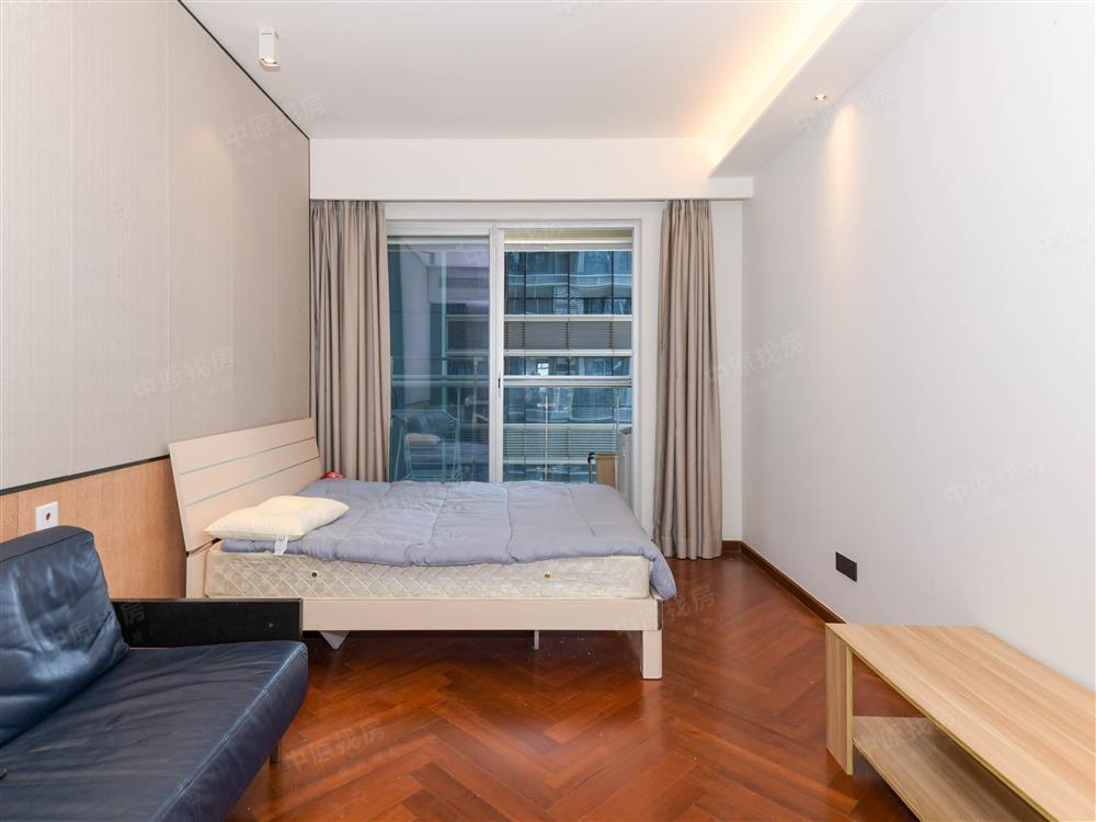 科技园高档公寓 金地公寓38平米单间 精装修 家私家电齐全