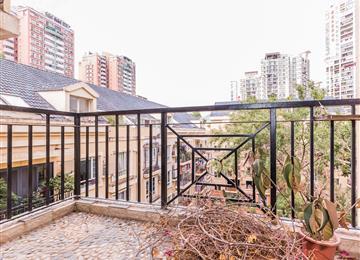 阳台外风景 高端社区