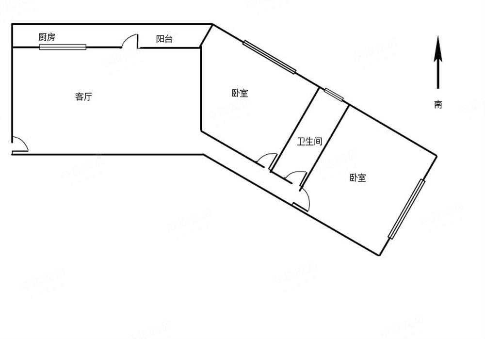 东南向 2室2厅 简单装修 中间楼层 240万