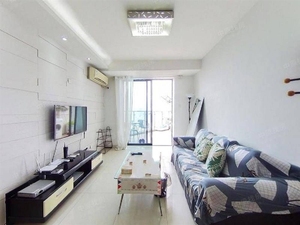 汉京峰 精装修两房 客厅出阳台 高层满五年 业主诚心出售