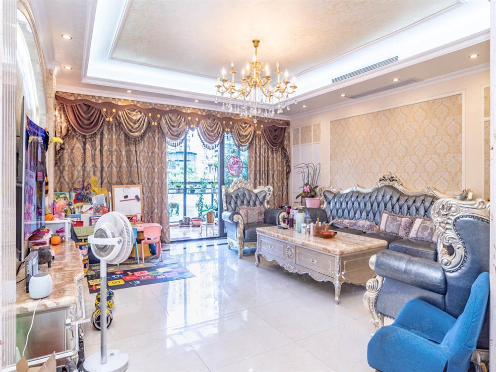 紫麟山 精装6房 业主诚心出售 看房方便