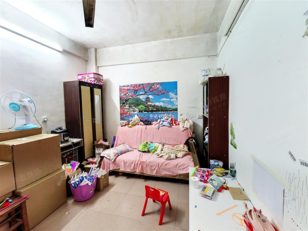 丽湖花园单身公寓 独立厨卫和阳台 朝南看花园 满五年红本急售