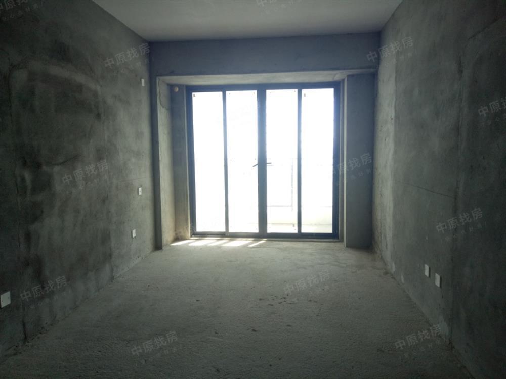 复试三房 三阳台   南北通透 采光特好  看海景