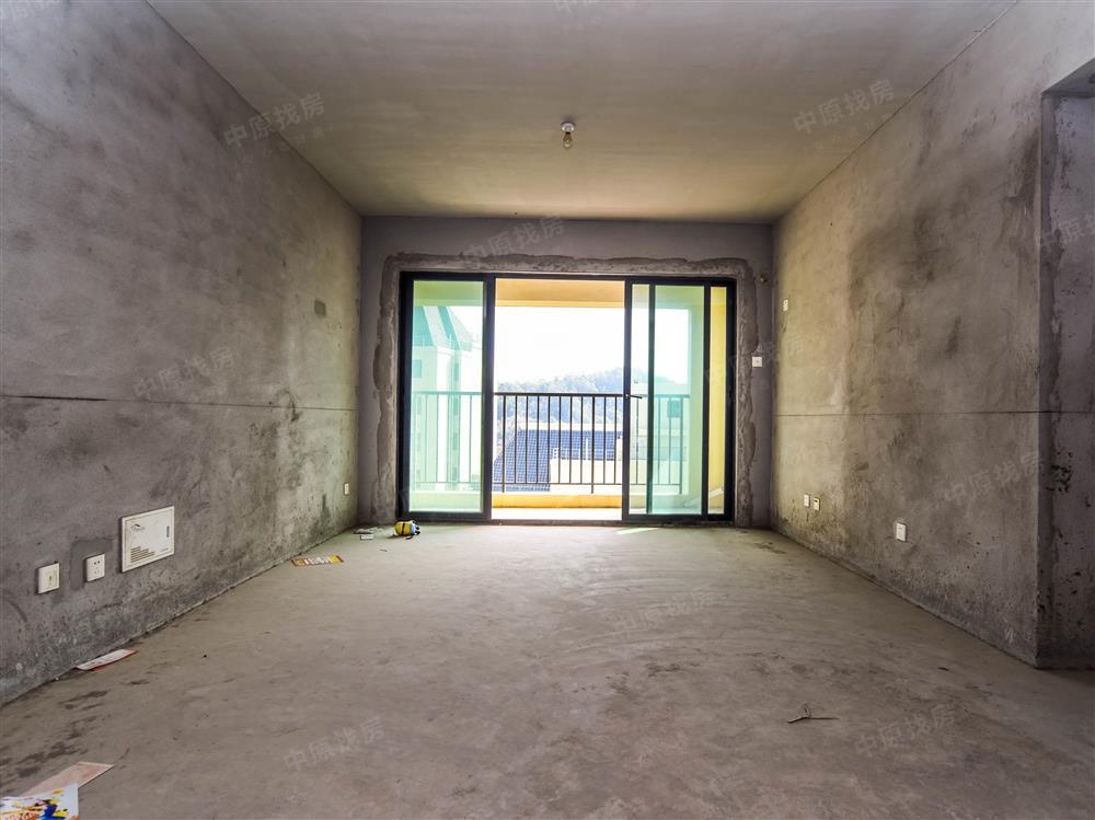 怡龙枫景园,三房,满五税费少,环境优雅看花园,看房方便