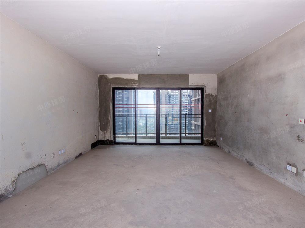 乐城,全新一手毛坯房,高使用率的大5房+1,满5红本