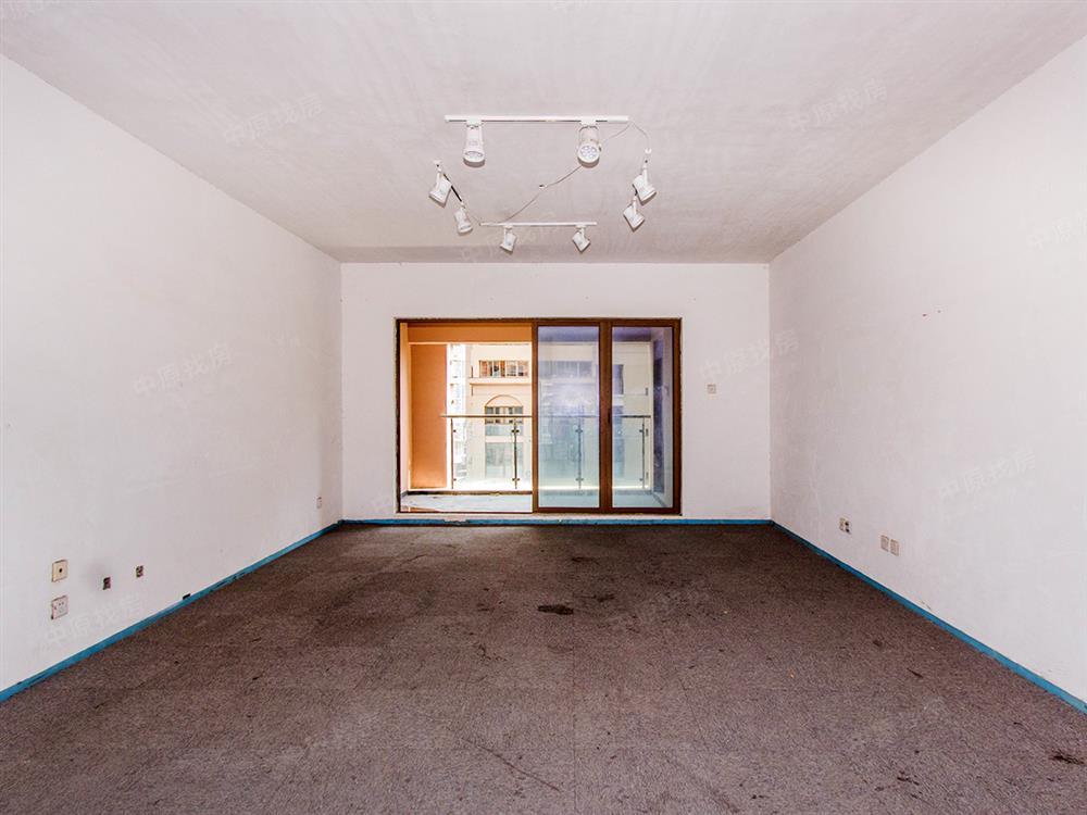 《3》-《14》号线振业城五期 普通装修 看房方便