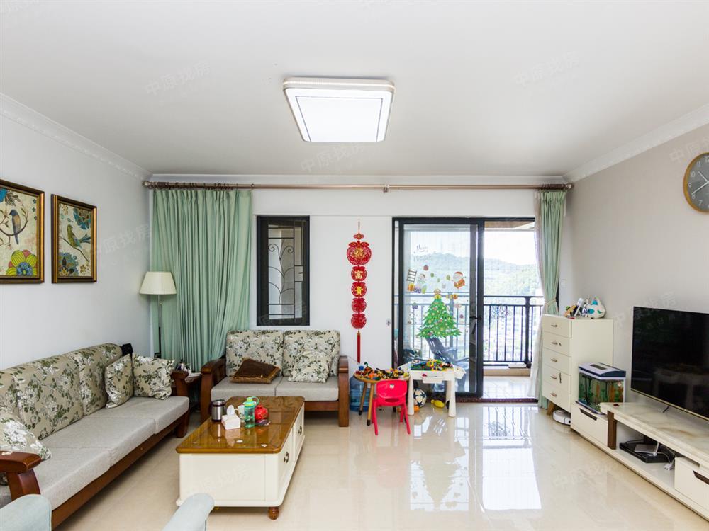 (新盘上线)小区环境优美 精装大五房 满五年 中间楼层视野好