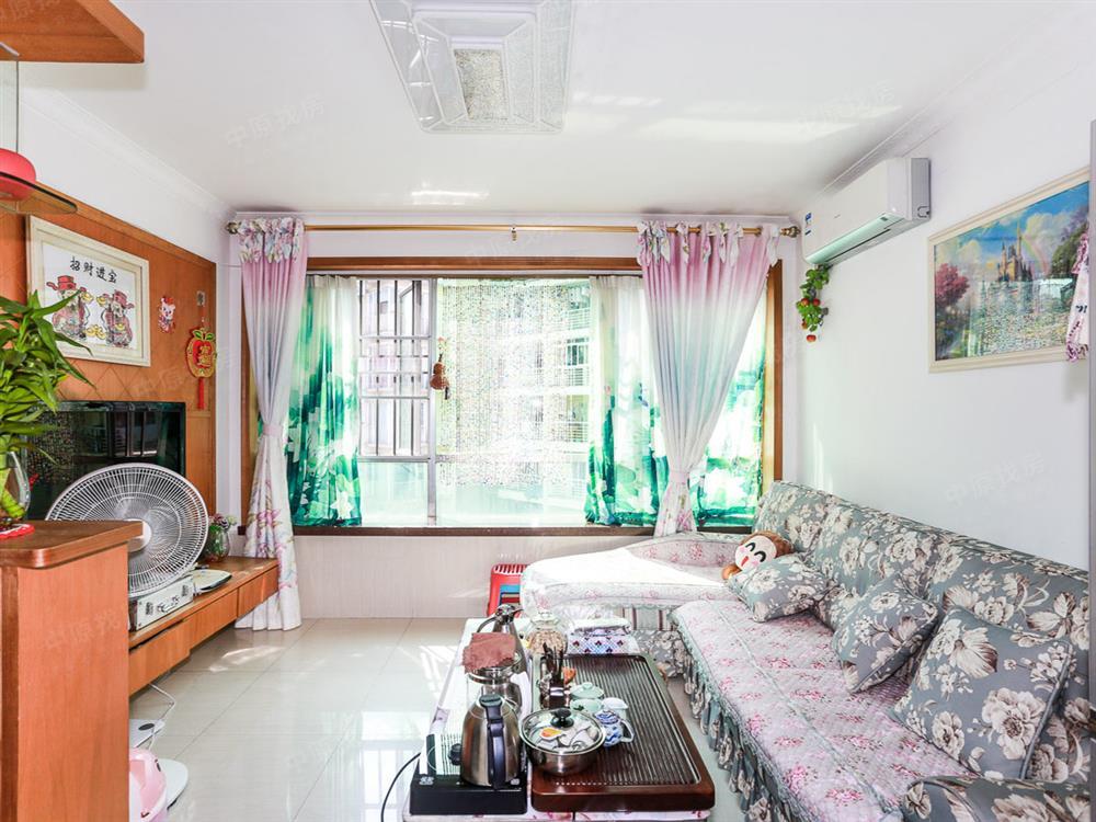 阳光翠园带天台花园3房,南向看小区景观,低总价,装修好住家好