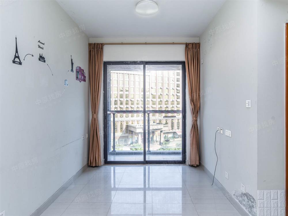 河岸轩-地铁口-标准一房-采光充足-满两年急售-看房方便